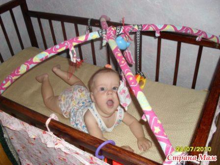 Растяжки на кроватку для новорожденных своими руками 55