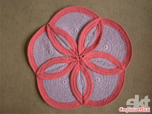 Вязание спицами круглых ковриков лепестками 37