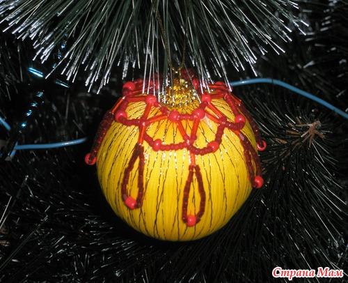 Украшения на елку из бисера.