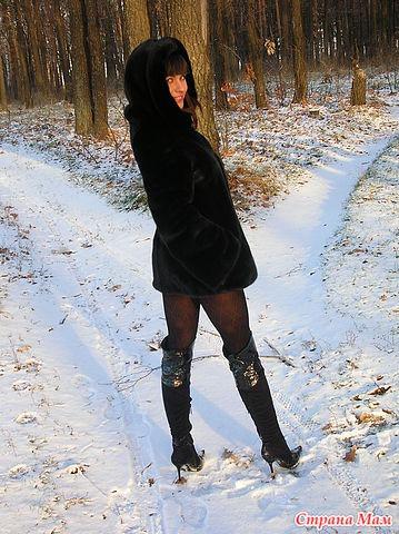 Женские ножки в сапожках