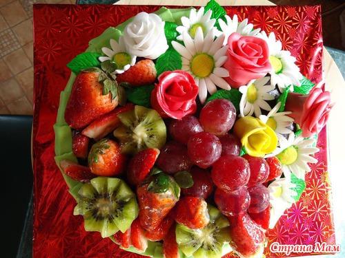 Торты с фруктами и цветами фото