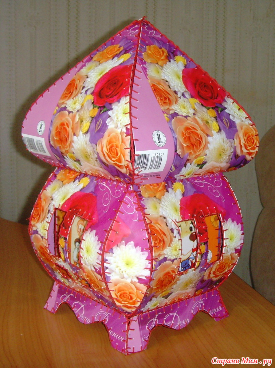 Шкатулка плетеная из открыток