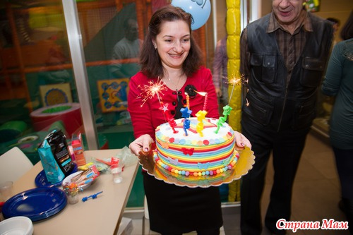 Вручение торта фото
