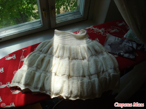 Черное и белое платья Alaia
