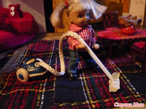 Как сделать пылесос для куклы
