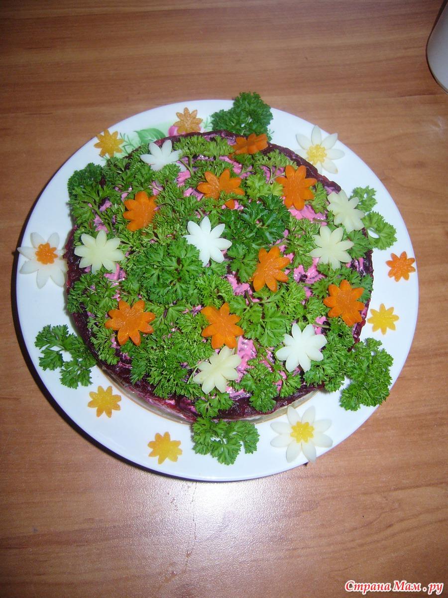 Рецепты и новогодних салатов