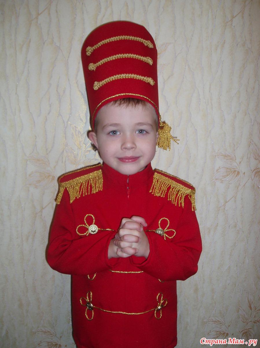 Роторный Новогодний костюм оловянный солдатик своими руками