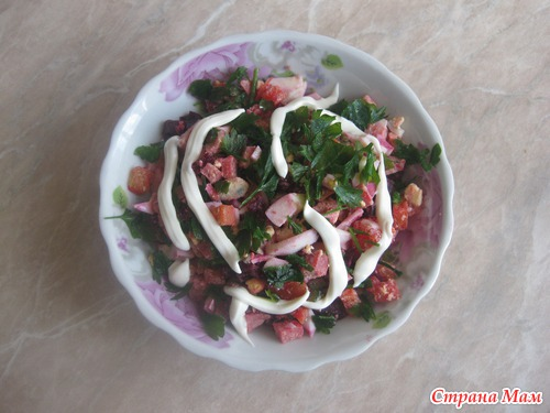 Вкусные салаты в необычной форме в фото