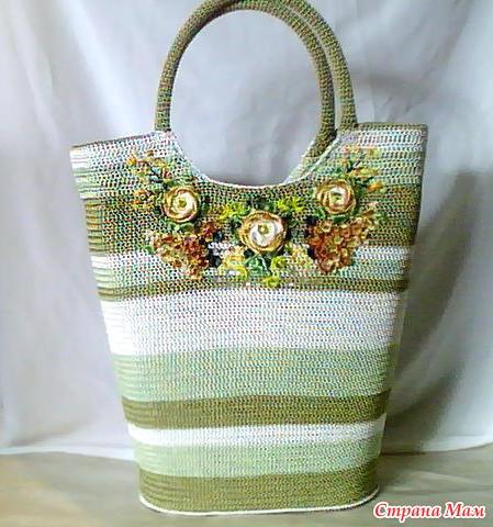 Вышивка вязаных сумок
