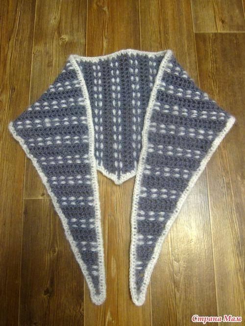 Для вязания бактуса крючком берем 2 мотка шерстяной пряжи (у нас это была японская пряжа Excellent 100% альпака) и...