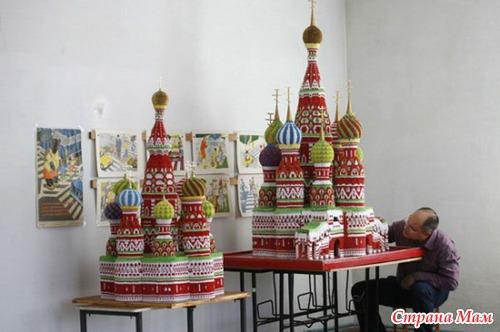 Бумажный Собор Василия Блаженного: искусство модульного оригами от Сергея Тарасова.
