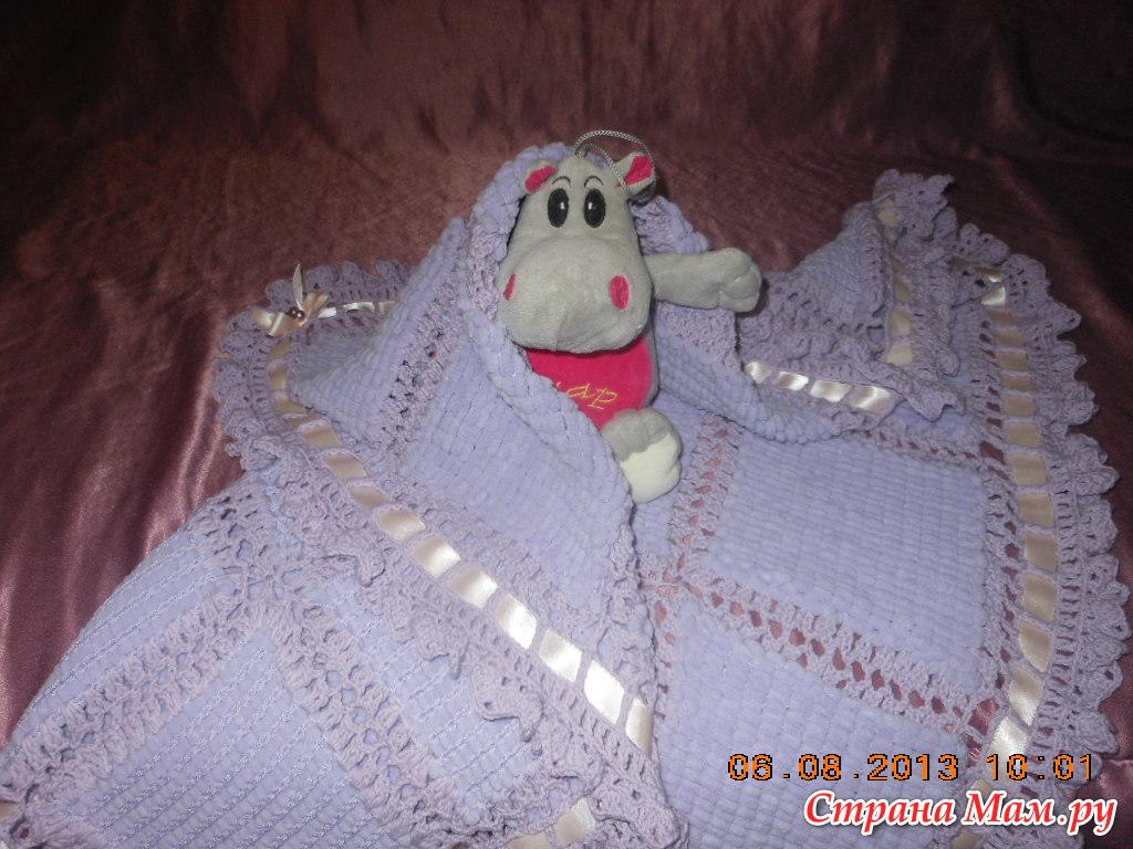 Плед из помпонов для новорожденного своими руками