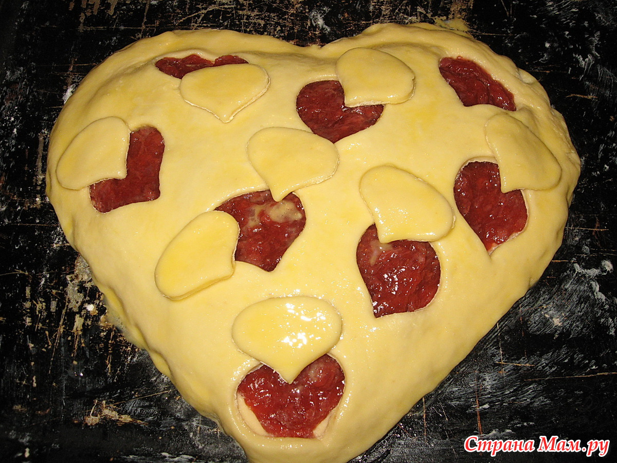 Дрожжевой пирог с клубникой и творогом рецепт