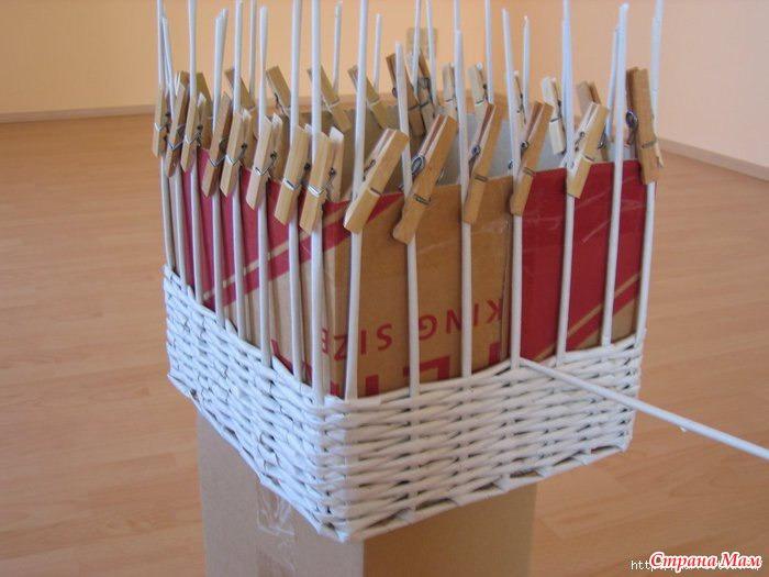 Плетем корзинку из газетных трубочек мастер-класс