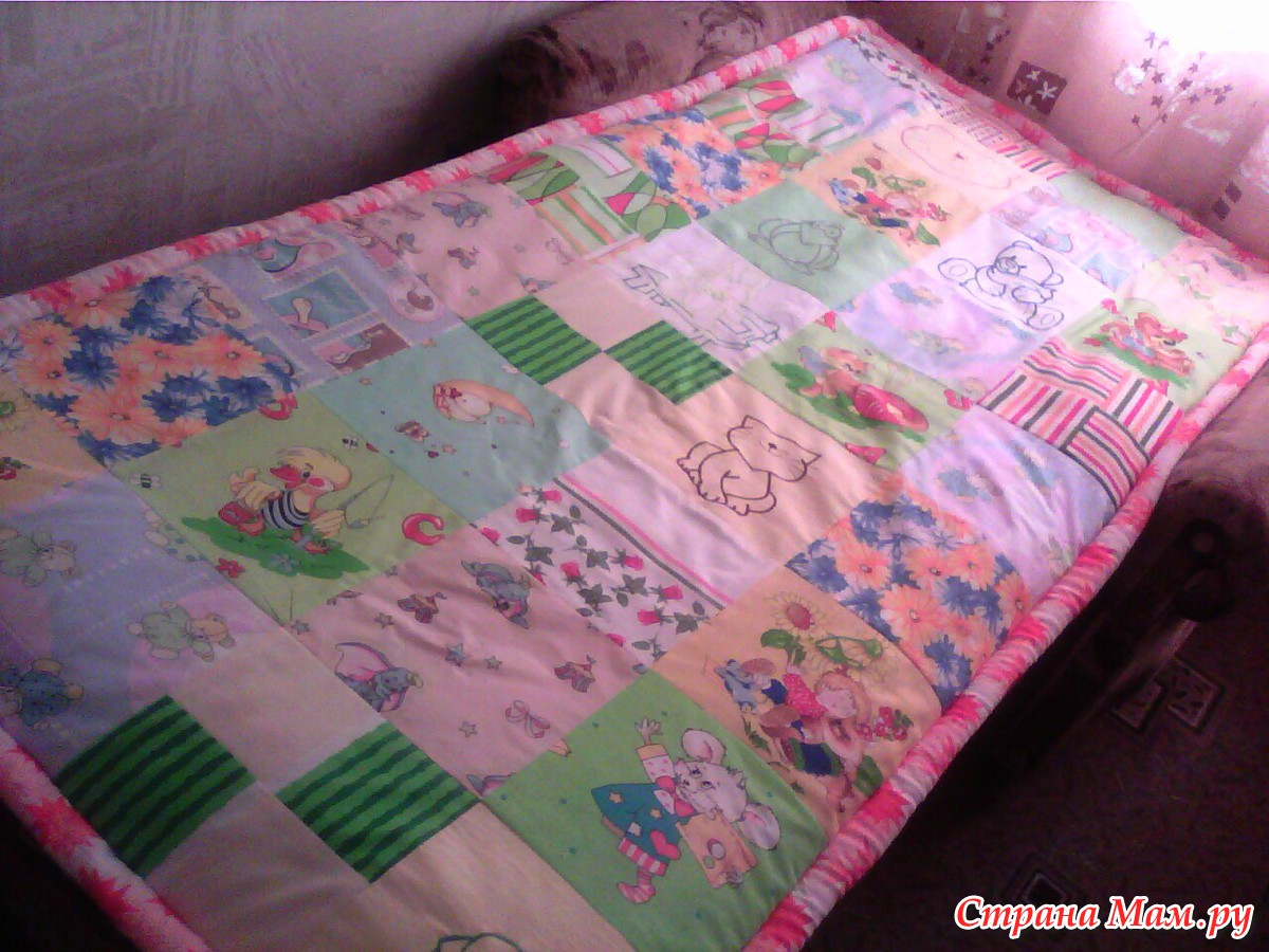 Как сшить покрывало на кровать в детскую своими руками 61