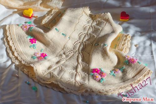 Платье для девочки с вышивкой