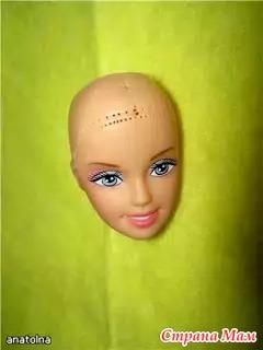 3. 2.Приготовим кукле волосы.Для этого сгодится бельевая веревка.Или можно распустить атласную ленту.