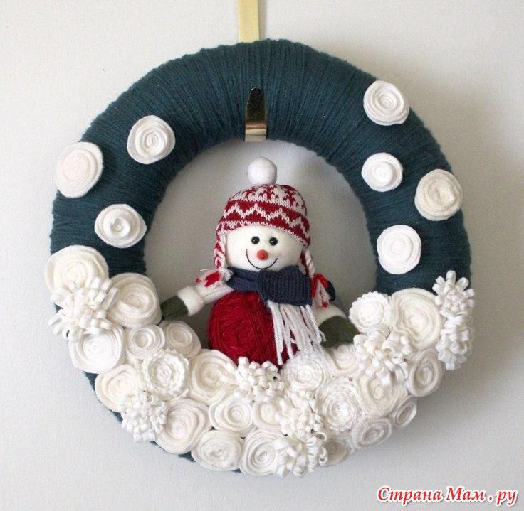 Венок новогодний своими руками из ниток