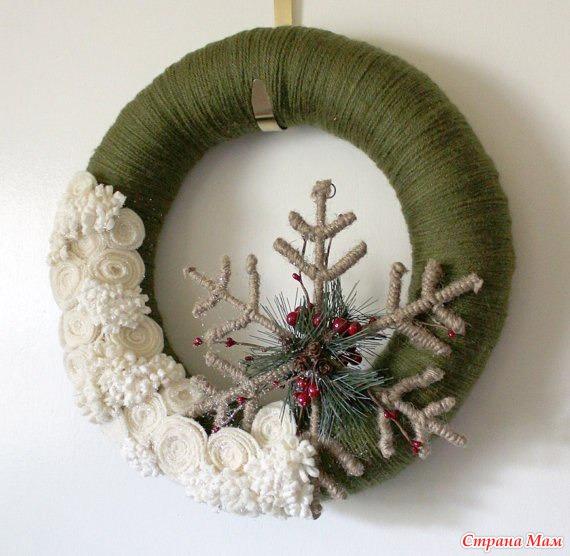Рождественские венки из фетра своими руками