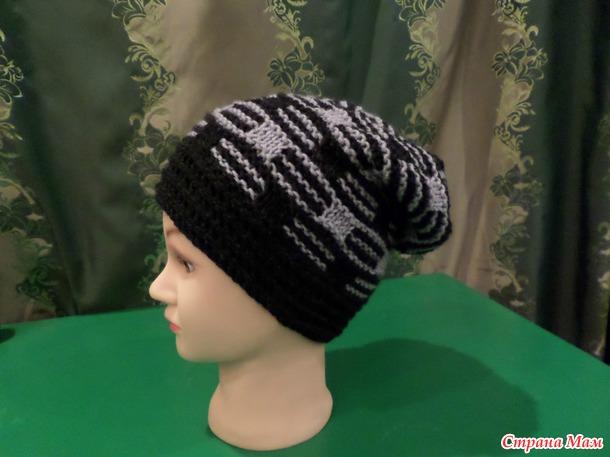Двухцветный узор шапки