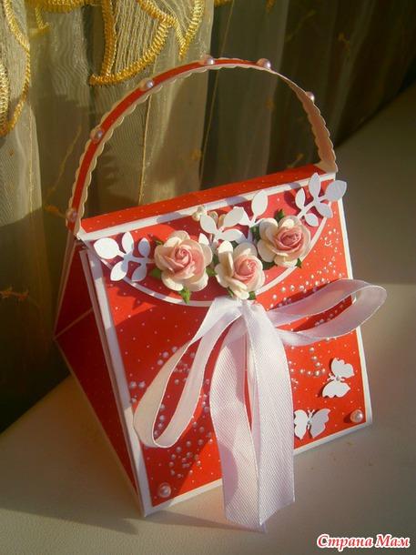 Еще одна сумочка)