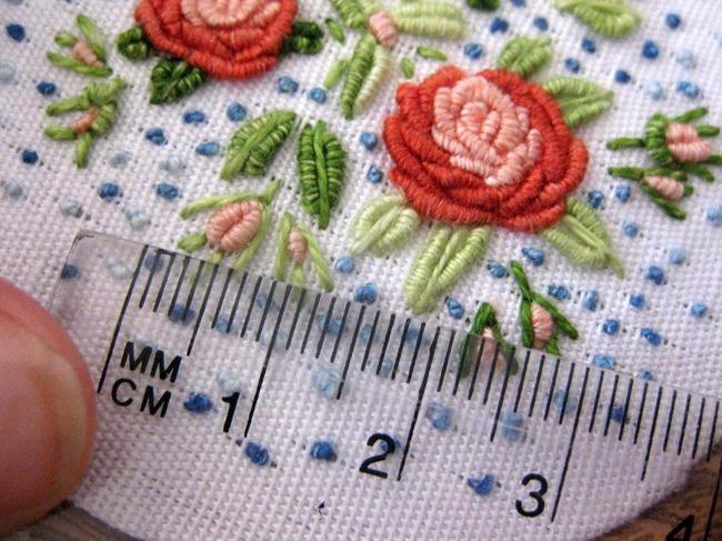 Рисунки вышивок трикотажа