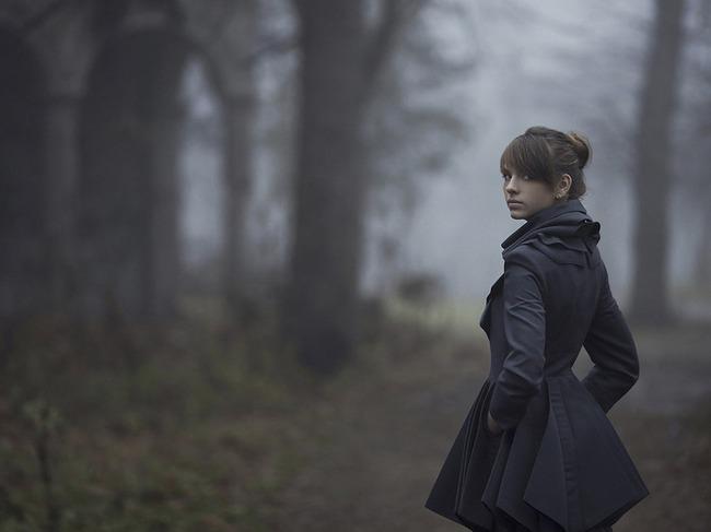 Картинки девушка осенью в лесу 2.