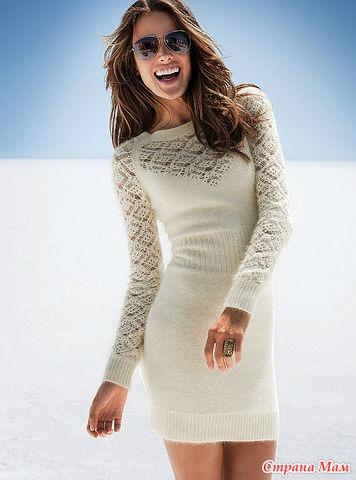 Платье спицами с ажурными