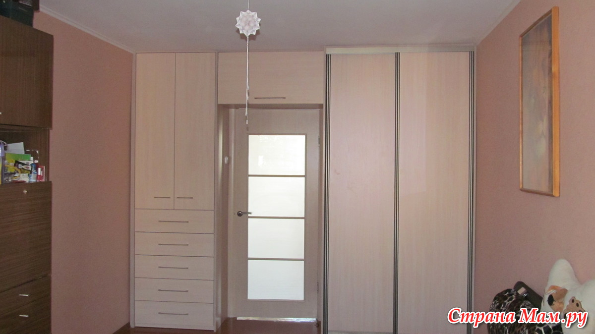 Шкаф вокруг двери - идеи для дома.
