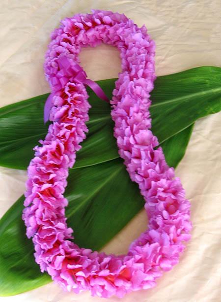 Гавайская гирлянда из цветов