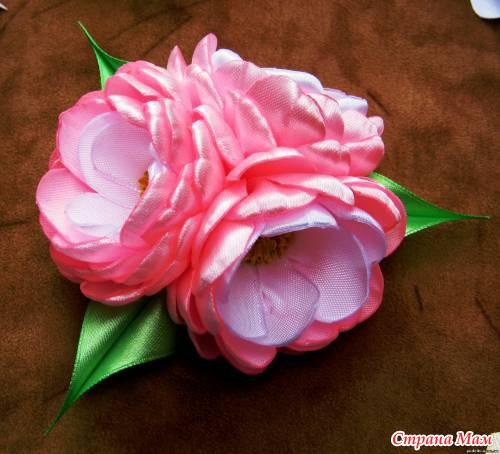 Цветы из канзаши лент