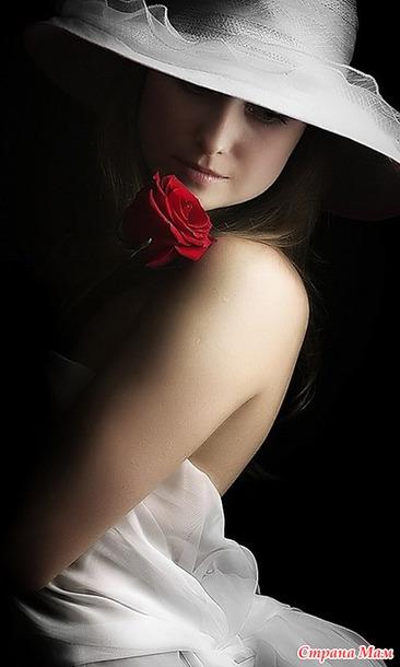 Розы и женщина стихи