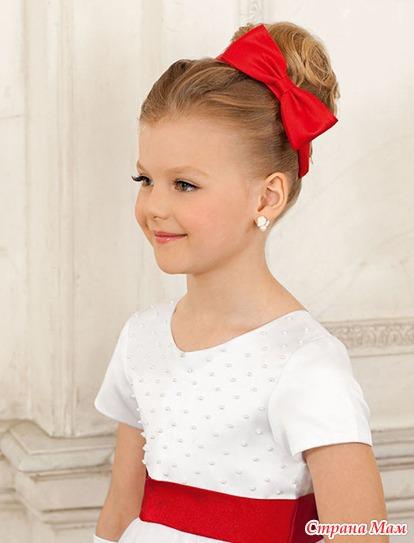 Прическа ребенку на короткие волосы с ободком