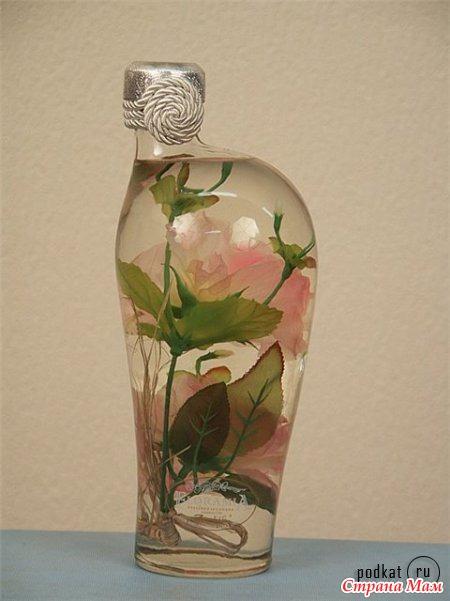Цветы в бутылке