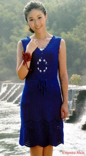 Голубое платье вязание крючком