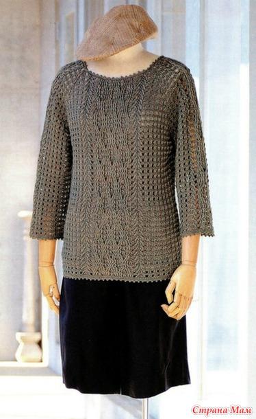 Пуловер/реглан с центральным узором крючком.
