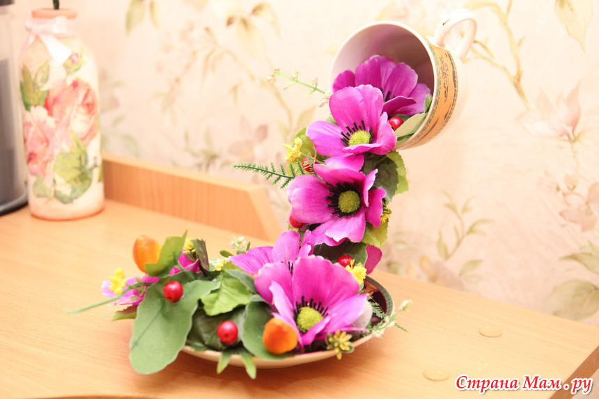 Цветы падающие из кружки своими руками 52