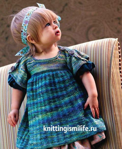 Платье с пуговицами на плечах для девочки Sock to frock  от Susan Borovsky.