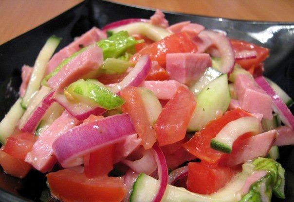 Салат с помидор и огурцов с фото на 2012