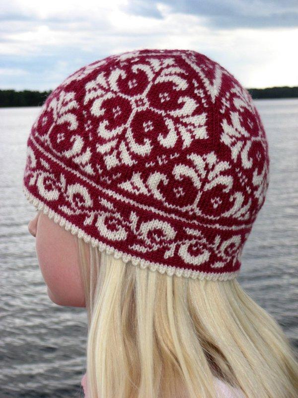 Комплект - шапочка и рукавички с орнаментом - Вязание ...