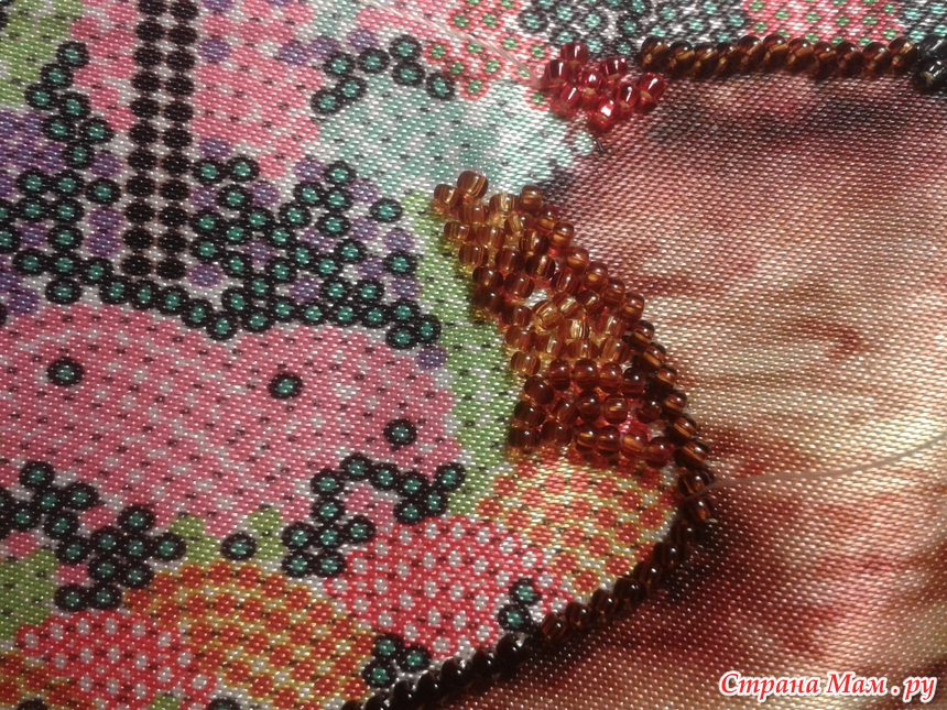 Видео вышивка бисером строчным швом