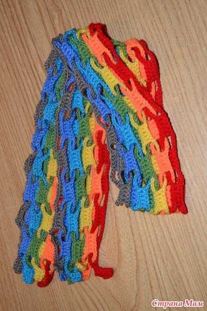 Интересный радужный шарфик крючком