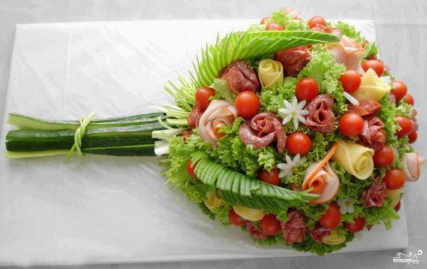 100 Салатов и закусок  на День Рождения.