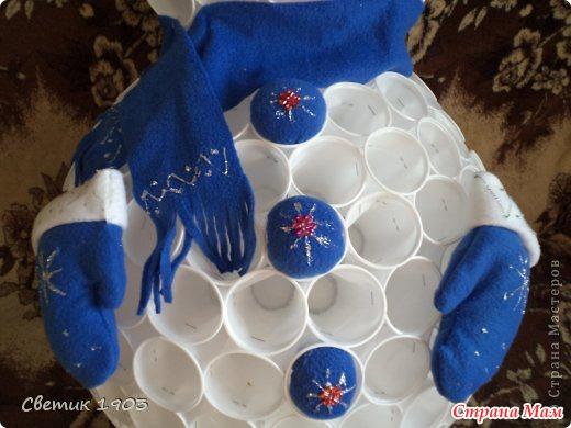 Снеговик из пластиковых стаканчиков своими руками сколько стаканчиков - Pylondance.ru