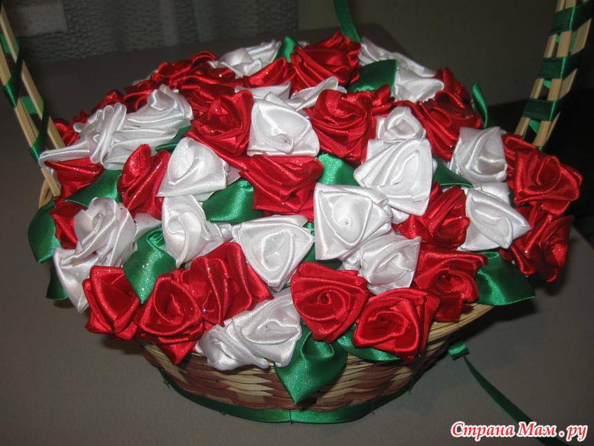 Корзина с цветами из лент атласных