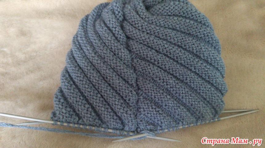 Вязание шапок спицами по диагонали 52
