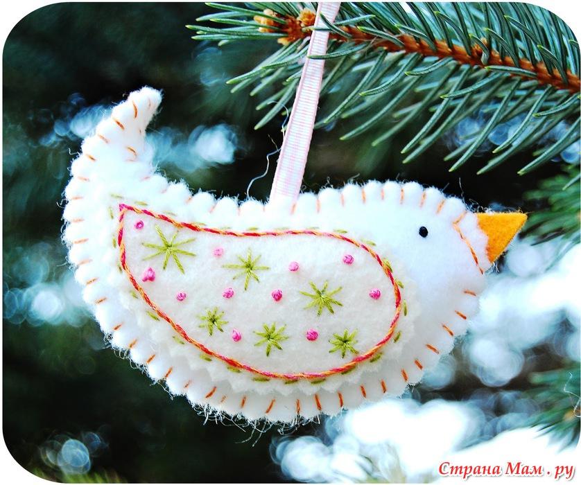 Мягкие игрушки птичУкрашение витрин к новому году