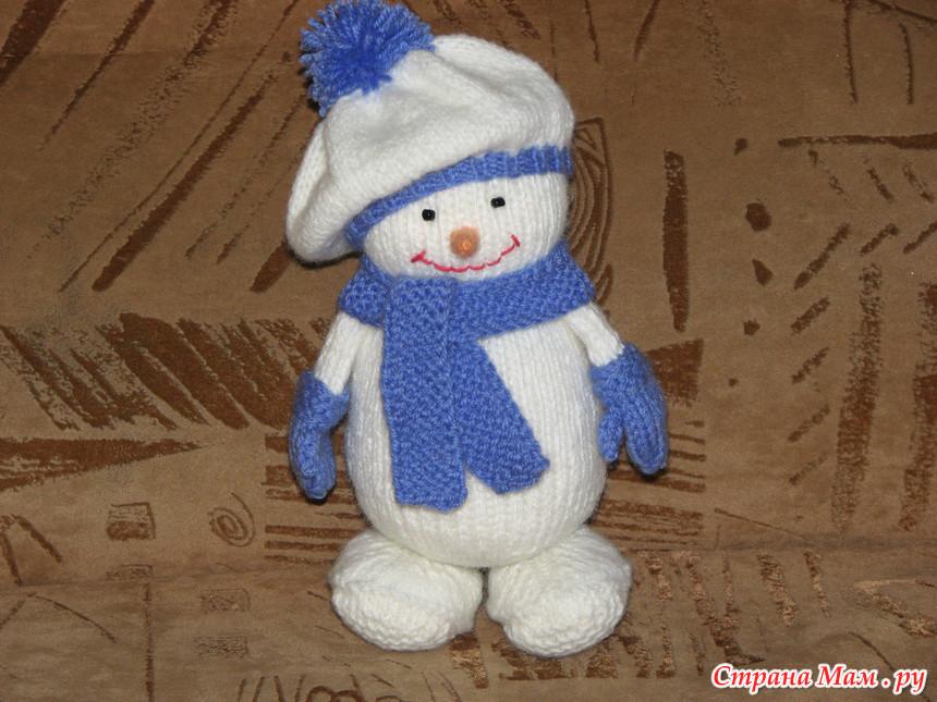 Вяжем снеговик спицами