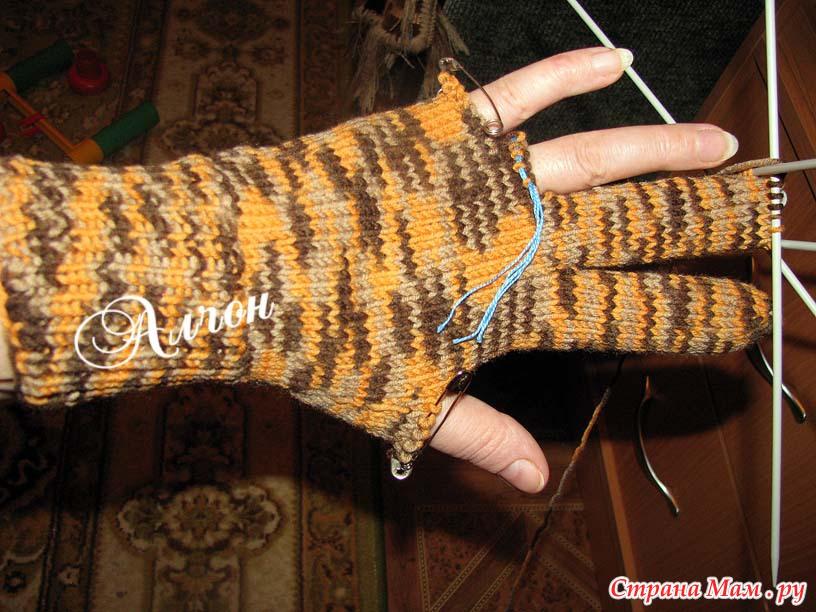 Вяжем перчатки спицами видео для начинающих
