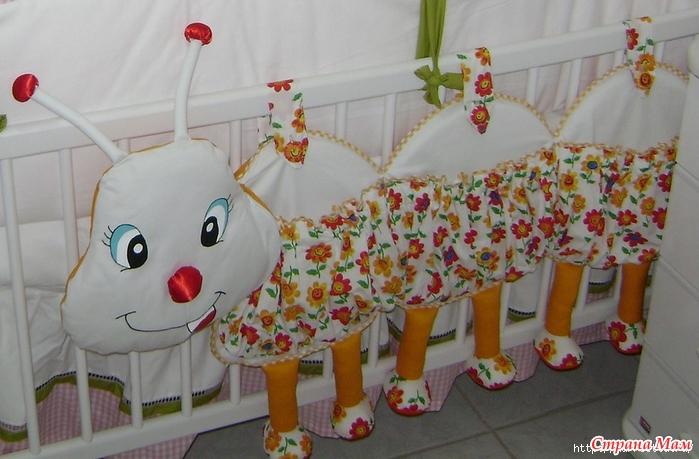 Бампер для детской кроватки сшить своими руками